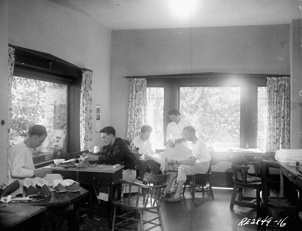 Patients making slippers, No.6 Convalescent Hospital, R.C.A.F., Colwood, British Columbia, Canada, August 1945.