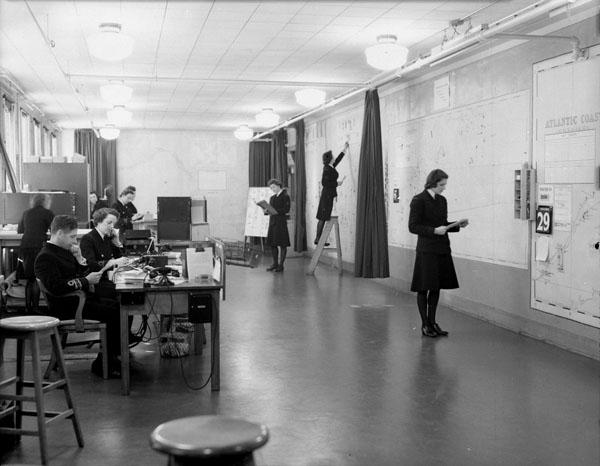 Operations Plotting Room, Naval Service Headquarters, Ottawa, Ontario, Canada, 1 December 1943.