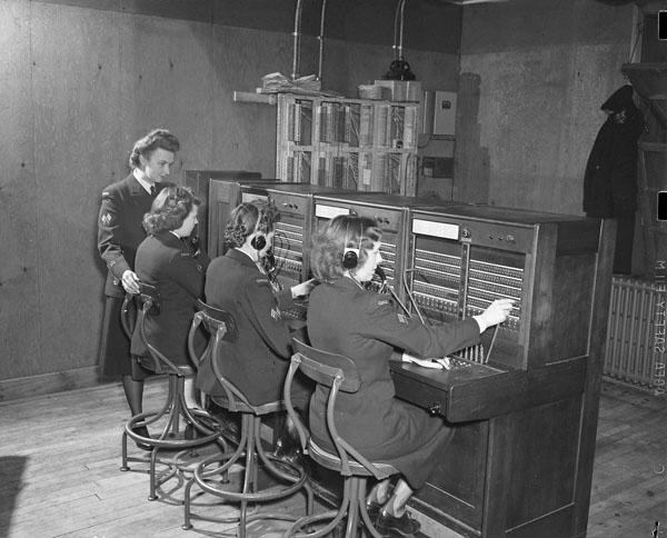 Women's Royal Canadian Naval Service (W.R.C.N.S.) switchboard operators at work, St. John's, Newfoundland, 2 February 1945.