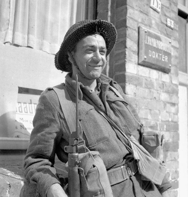 Pte. E.A. Boisvenue (Cobalt, ON), South Saskatchewan Regiment, Nieuport, Belgium,  9 September 1944.