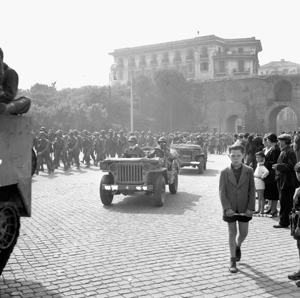 Entry of Allied forces into Rome, Italy, 4 June 1944.