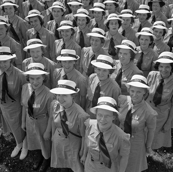 A new entry of members of the Women's Royal Canadian Naval Service (W.R.C.N.S.) at H.M.C.S. CONESTOGA, Galt, Ontario, Canada, July 1943.