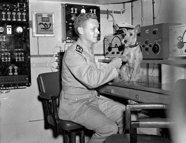 Sub-Lieutenant A. Roberts with Able Seaman