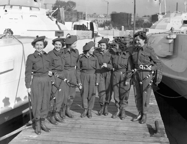 Members of the Canadian Women's Army Corps (C.W.A.C.) Pipe Band, Wilhelmshaven, Germany, 4 October 1945.
