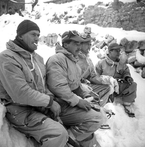 Troopers of The Ontario Regiment near Tonnareccio, Italy, 21 February 1944.
