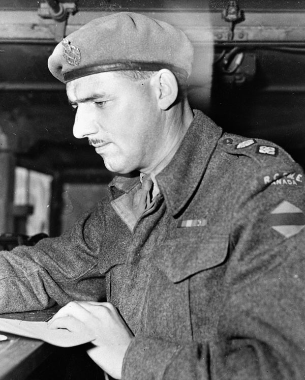 Lieutenant-Colonel L.D. McGee of No.5 Armoured Brigade Workshop, Royal Canadian Electrical and Mechanical Engineers (R.C.E.M.E.), Italy, 1944.