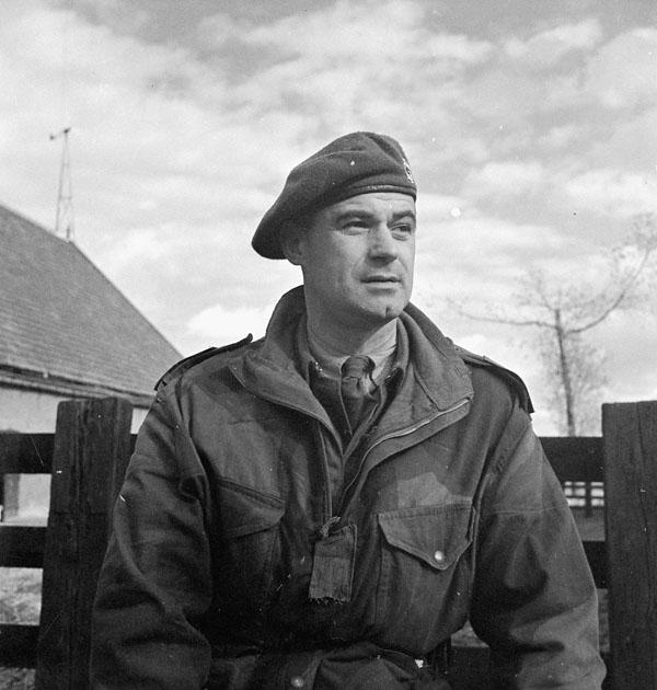 Major E.T. Jacques, Second in Command of the Régiment de Maisonneuve, who wears a Denison smock, Ossendrecht, Netherlands, 17 October 1944.