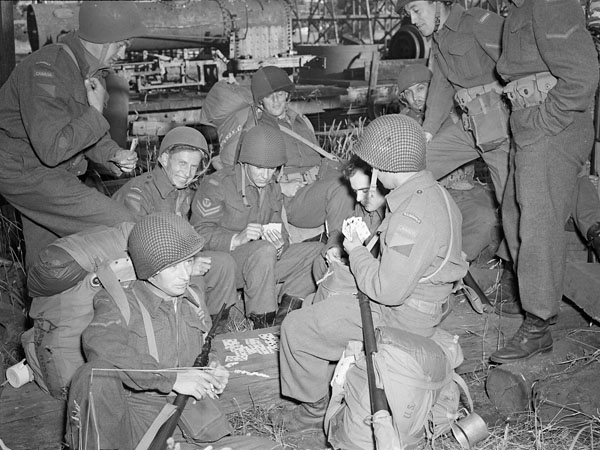 Infantrymen of the 13th Canadian Infantry Brigade taking part in Operation Cottage, the invasion of Kiska, British Columbia, July 1943.