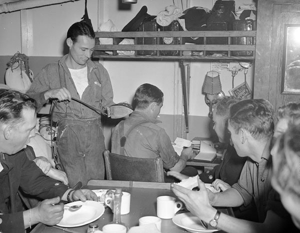 Petty Officers' Mess, H.M.C.S. SUDBURY, St. John's, Newfoundland, 18 June 1943.