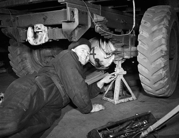 Craftsman Robert Hammill, Base Workshop, Royal Canadian Electrical and Mechanical Engineers (R.C.E.M.E.), Bordon, England, 3 April 1945.