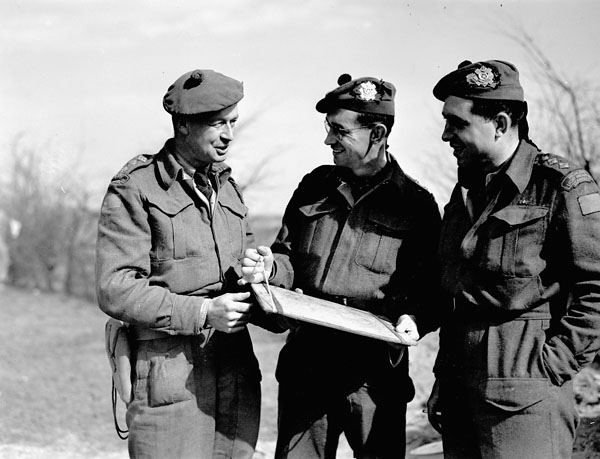 Officers of the Highland Light Infantry of Canada who became the first Canadians to cross the Rhine River. Speldrop, Germany, 24 March 1945.