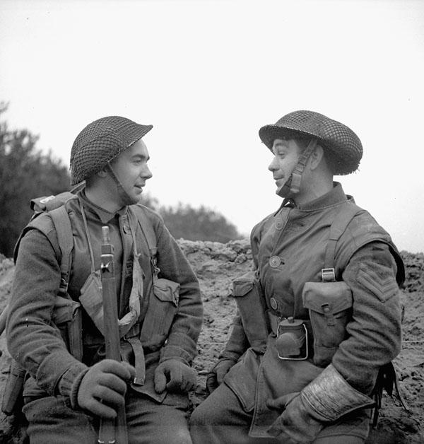 Infantrymen of the Régiment de Maisonneuve in a trench near Nijmegen, Netherlands, 8 February 1945.