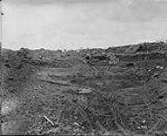 MIKAN 3397785 Crater of enemy mines blown under front line. September, 1916. Sep., 1916. [Crater of enemy mines blown under front line. September, 1916., Sep., 1916.]