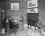 MIKAN 3381271 Dier's school of Telegraphy, [Ottawa, Ont.] December, 1908. Dec. 1908 [Dier's school of Telegraphy, [Ottawa, Ont.] December, 1908., Dec. 1908]