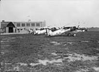 MIKAN 3203750 Armstrong Whitworth 'Siskin' IIIA aircraft 21, 20 and 59 of the R.C.A.F. 24 Aug. 1929 [Armstrong Whitworth 'Siskin' IIIA aircraft 21, 20 and 59 of the R.C.A.F., 24 Aug. 1929]