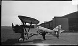 "MIKAN 3643750 Armstrong Whitworth ""Siskin"" III aircraft J7759 of the R.C.A.F. ca. 1926 [Armstrong Whitworth 'Siskin' III aircraft J7759 of the R.C.A.F., ca. 1926]"