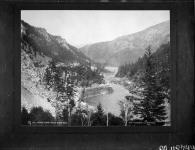 MIKAN 3247958 Fraser Canyon, below North Bend [B.C.]. ca.1888. [196 KB, 1000 X 769]