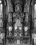 MIKAN 3383960 High Altar, Basilica, Notre Dame. ca. 1871-1900. [High Altar, Basilica, Notre Dame., ca. 1871-1900.]