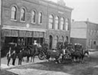 MIKAN 3381904 Fire Station & Brigade, Leduc & Wright Streets, Hull, P.Q., 1911. 1911. [Fire Station & Brigade, Leduc & Wright Streets, Hull, P.Q., 1911., 1911.]