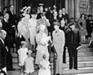 MIKAN 3362249 Christening of Princess Margaret Francisca, daughter of Crown Princess Juliana and Prince Bernhard of the Netherlands, St. Andrew's Church. 29 June 1943 [80 KB, 640 X 511]