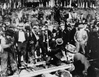 MIKAN 3194430 Last Spike, Grand Trunk Pacific Railway. 7 Apr. 1914 [Last Spike, Grand Trunk Pacific Railway., 7 Apr. 1914]