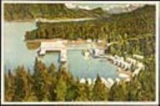MIKAN 2834262 A Canadian Salmon Cannery on the Pacific Coast. 1926-1934 [117 KB, 760 X 505]