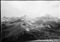 MIKAN 3611927 Southwest view at Lakeview No. 1 station from Crowsnest Forest Reserve Survey, AB, 1914. 1914 [80 KB, 760 X 534]