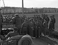MIKAN 3608089 Canadians in Belgium - F.M. Montgomery's visit Unit: 5 Canadian Armed Division Place: DIXMUNDEG Poperinghe. 18 Mar. 1945 [Canadians in Belgium - F.M. Montgomery's visit Unit: 5 Canadian Armed Division Place: DIXMUNDEG Poperinghe., 18 Mar. 1945]