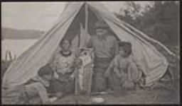 MIKAN 3198820 Views from Matachewan Reserve. July 1906 [95 KB, 1000 X 585]