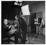 MIKAN 3613573 Yousuf Karsh in studio  January 12, 1945. [130 KB]