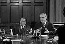 MIKAN 4085976 P.M. Lester Pearson's Press Conference. Re:  Acquisition Nuclear Warheads  0000 [P.M. Lester Pearson's Press Conference. Re: Acquisition Nuclear Warheads, 0000]