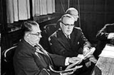 MIKAN 4085978 P.M. Lester Pearson's Press Conference. Re:  Acquisition Nuclear Warheads  0000 [P.M. Lester Pearson's Press Conference. Re: Acquisition Nuclear Warheads, 0000]