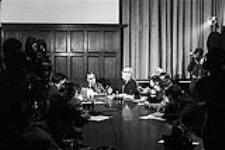 MIKAN 4085979 P.M. Lester Pearson's Press Conference. Re:  Acquisition Nuclear Warheads  0000 [P.M. Lester Pearson's Press Conference. Re: Acquisition Nuclear Warheads, 0000]