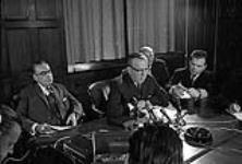 MIKAN 4085983 P.M. Lester Pearson's Press Conference. Re:  Acquisition Nuclear Warheads  0000 [P.M. Lester Pearson's Press Conference. Re: Acquisition Nuclear Warheads, 0000]