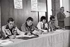 MIKAN 4403236 United Auto Workers Conferences - Canada  [between April 10-11, 1976]. [151 KB, 1000 X 666]