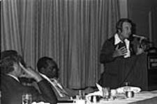 MIKAN 4403639 Conférences des Travailleurs unis de l'automobile - Canada  [entre 1974-1978] [Conférences des Travailleurs unis de l'automobile - Canada, [entre 1974-1978]]