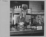 MIKAN 4313537 Le premier ministre Louis Saint-Laurent prononce une allocution lors de la 5e réunion annuelle de la Commission internationale des pêcheries de l¿Atlantique nord-ouest. 5-11 juin 1955 [Le premier ministre Louis Saint-Laurent prononce une allocution lors de la 5e réunion annuelle de la Commission internationale des pêcheries de l¿Atlantique nord-ouest., 5-11 juin 1955]