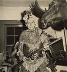 MIKAN 5196034 [Bill MacBride dressed in hunting gear]. 1953 [[Bill MacBride dressed in hunting gear]., 1953]