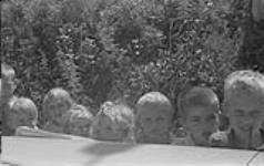 MIKAN 4325278 Gaspé 1951, (C) group of children. 1951 [117 KB, 1000 X 630]
