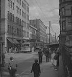 MIKAN 4325546 Halifax, street scene. [ca. 1939-1951] [166 KB, 1000 X 1062]
