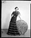 MIKAN 4334268 Mlle Lorraine Bate. 5 juin 1937. [Mlle Lorraine Bate., 5 juin 1937.]