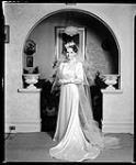 MIKAN 4346116 Mariage Salton-Cole. 26 mai 1936 [Mariage Salton-Cole., 26 mai 1936]