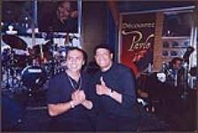 MIKAN 4443552 Snapshot of Pavlo and Al Jarreau. Music World, Montréal  July 2, 2000 [163 KB]