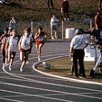 MIKAN 4814176 Abby Hoffman du Canada en action lors de l¿épreuve du 800m en athlétisme aux Jeux panaméricains de 1967 à Winnipeg  1967. (Abby Hoffman du Canada en action lors des Jeux panaméricains de 1967 à Winnipeg) [203 KB, 1000 X 996]