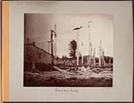 MIKAN 5092892 [Monumental Poles, Tongass Island]. Original title: Totem Poles Tongas. 1894 (Vue de la page de l¿album.) [[Monumental Poles, Tongass Island]. Original title: Totem Poles Tongas., 1894]