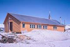 MIKAN 5139605 Roman Catholic Mission. 1961 [142 KB, 1000 X 671]