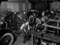 MIKAN 5170481 I.S.C. Motor Mechanics Halifax. n.d. [132 KB, 1000 X 751]