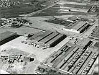 MIKAN 5233057 Avro Aircraft Plant, Malton, Ont. 196-? [588 KB, 2418 X 1822]
