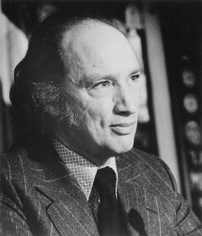 Link to the profile of the prime minister Pierre Elliott Trudeau